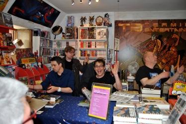 (von links vorne) Klaus Scherwinski, Rautie, Moritz von Wolzogen